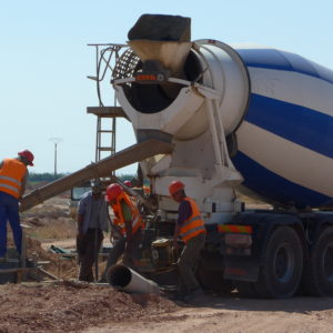 Working on the economic upswing: Construction workers in Morocco. (c) Christian Hiller von Gaertringen